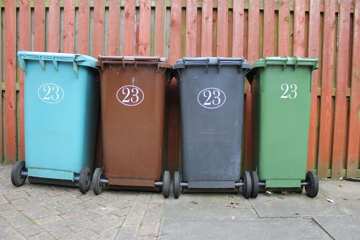 Les conseils d'AMS contre les odeurs de poubelles !